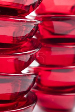Photo pour Abstraction verre rouge gros plan - image libre de droit
