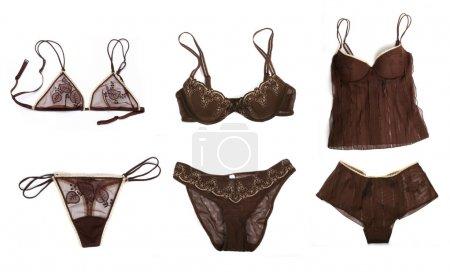 Photo pour Ensemble de lingerie sexy féminine isolé sur blanc - image libre de droit