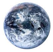 Puzzle Globus na bílém pozadí