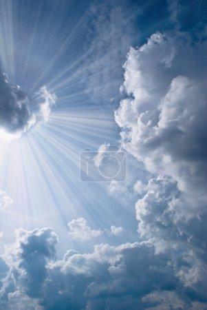 Photo pour Beau ciel bleu - image libre de droit