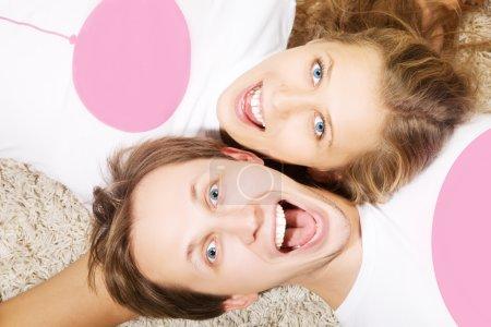 Foto de Portrait of crying beauty young love couple (man and woman) - Imagen libre de derechos