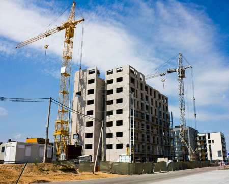 Construction of residential houses, cran