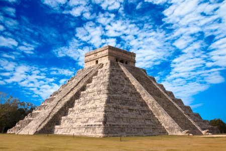 Photo for Anicent mayan pyramid in Chichen-Itza, Mexico - Royalty Free Image
