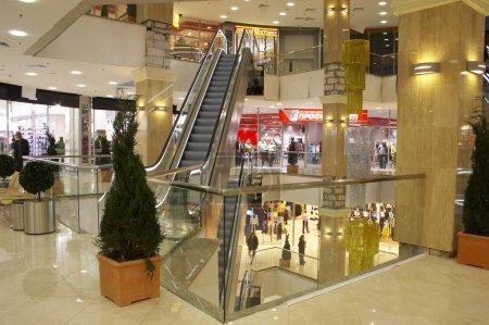 Foto de El gran centro comercial de compras familiares y regalos. - Imagen libre de derechos