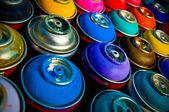 Plechovky od barev