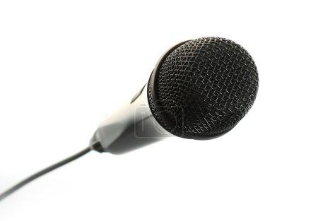 Photo pour Microphone noir isolé sur fond blanc - image libre de droit