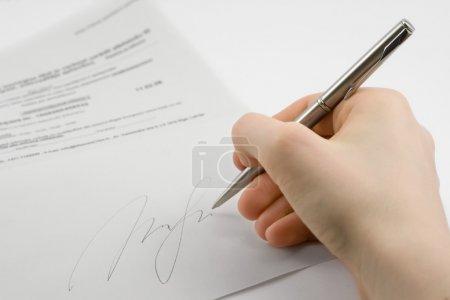 Photo pour Signature manuscrite, sur fond blanc - image libre de droit