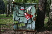 Drawing on a garbage can