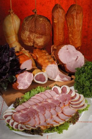Sliced meat delicacies