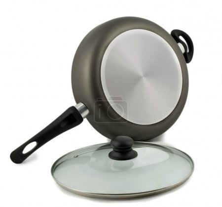 Frying pan with glass lid