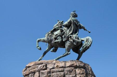 Equestrian statue (monument) of Hetman Bogdan Khme...