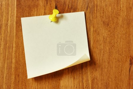 Photo for Single blank note paper attached to a wooden wall - Royalty Free Image