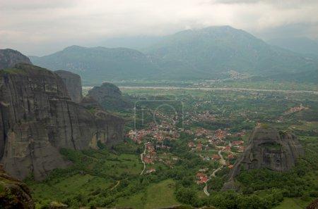 Photo pour Kalambaka ville, Meteora, Grèce - image libre de droit