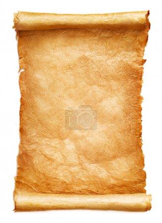 Foto de Antiguo papel pergamino sobre fondo blanco - Imagen libre de derechos