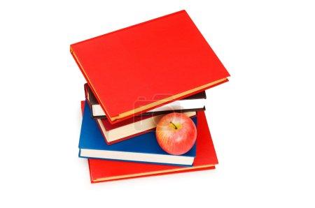 Photo pour Concept de retour à l'école avec livres et pomme - image libre de droit