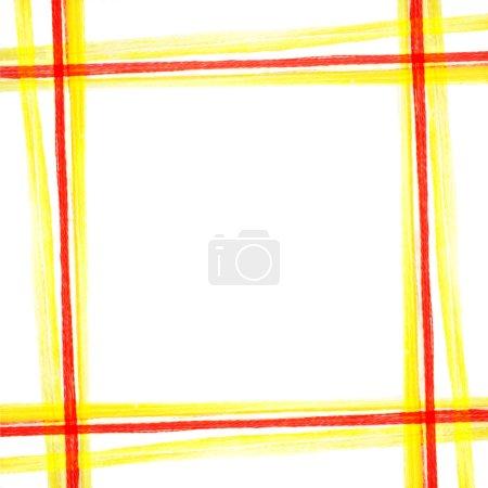 Photo pour Fil jaune-rouge motif carré - image libre de droit