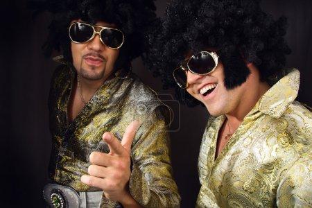 Photo pour Homme en costume d'Elvis Preslej . - image libre de droit
