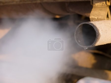 Smoke exhaust pipe car