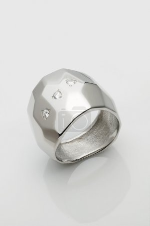 Palladium/ Platinum ring (man signet) with brillia...