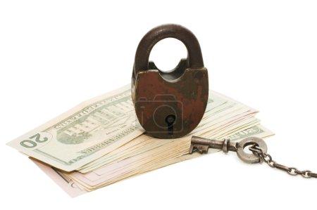 Photo pour La serrure sur l'argent isolé sur blanc - image libre de droit