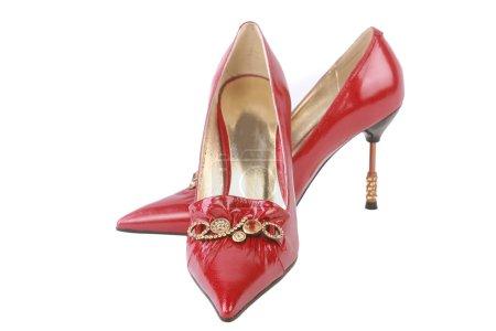 Photo pour Chaussures en cuir rouge isolés sur fond blanc - image libre de droit