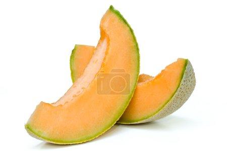Photo pour Gros plan de melon cantaloup en fond blanc isolé - image libre de droit