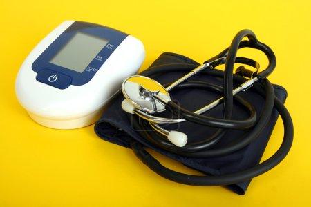 Equipment of measuring blood pressure
