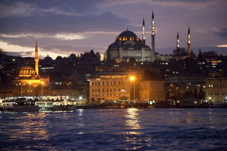 Golden horn by night, Istanbul