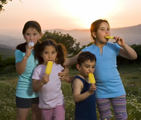 Kids having pop ice