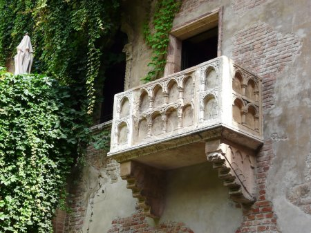 Famous Romeo and Juliet balcony