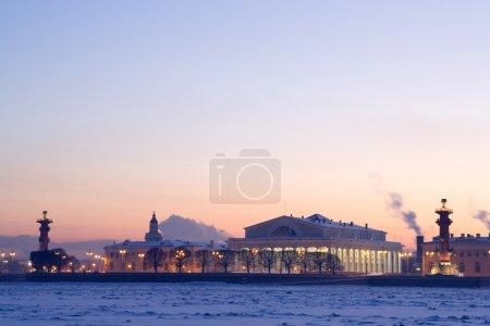 Foto de Muelle de San Petersburgo. invierno - Imagen libre de derechos