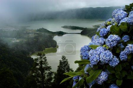 Photo pour Lac de la ville sept à sao miguel des Açores - image libre de droit