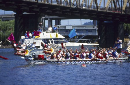 Dragon Boats race finish