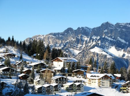 Photo pour Station Flumserberg dans les Alpes suisses - image libre de droit