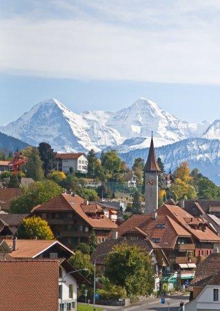 Photo pour Automne dans les Alpes suisses (Jungfrau) ) - image libre de droit