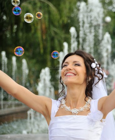 The bride and soap bubbles