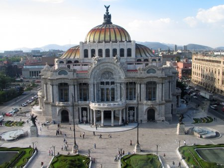 Bellas Artes palace at Mexico City