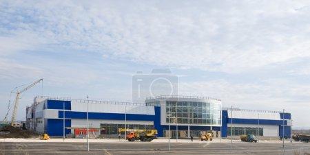 Photo pour Achèvement de la construction du centre commercial - image libre de droit