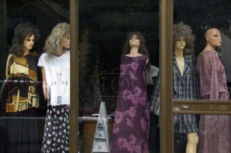 Mannequin dolls