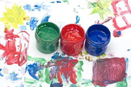 Foto de Objeto en blanco - niños de dibujo y pintura - Imagen libre de derechos