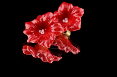 Flower ear ring