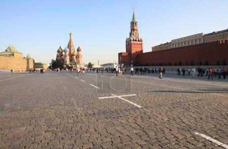 Photo pour La place rouge dans le centre de Moscou - image libre de droit