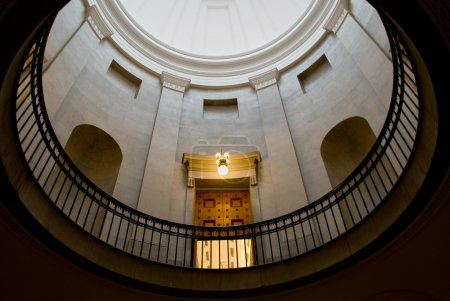 Photo pour Style dôme générique utilisé pour les édifices gouvernementaux . - image libre de droit