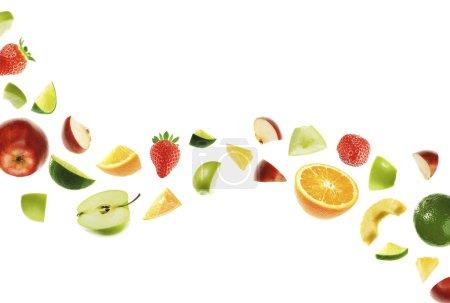 Foto de Diferentes frutas sobre fondo blanco - Imagen libre de derechos