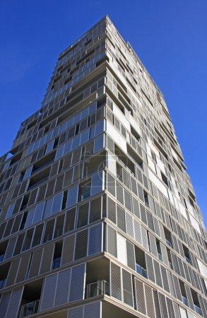 Photo pour Architecture de gratte-ciel moderne en Espagne, Barcelone - image libre de droit