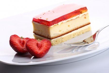 Photo pour Dessert sucré fraise - image libre de droit