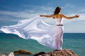 žena a moře pláž