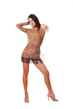 Photo pour Belle danseuse brunet femme sur fond blanc - image libre de droit