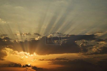 Photo pour Beau lever de soleil - image libre de droit