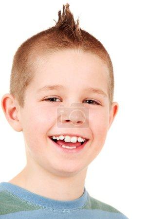 Foto de Retrato de niño feliz con cresta, estudio de tiro - Imagen libre de derechos